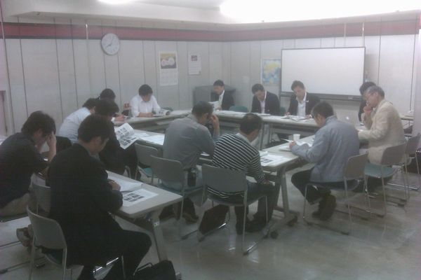 2012年度第1回理事会開催